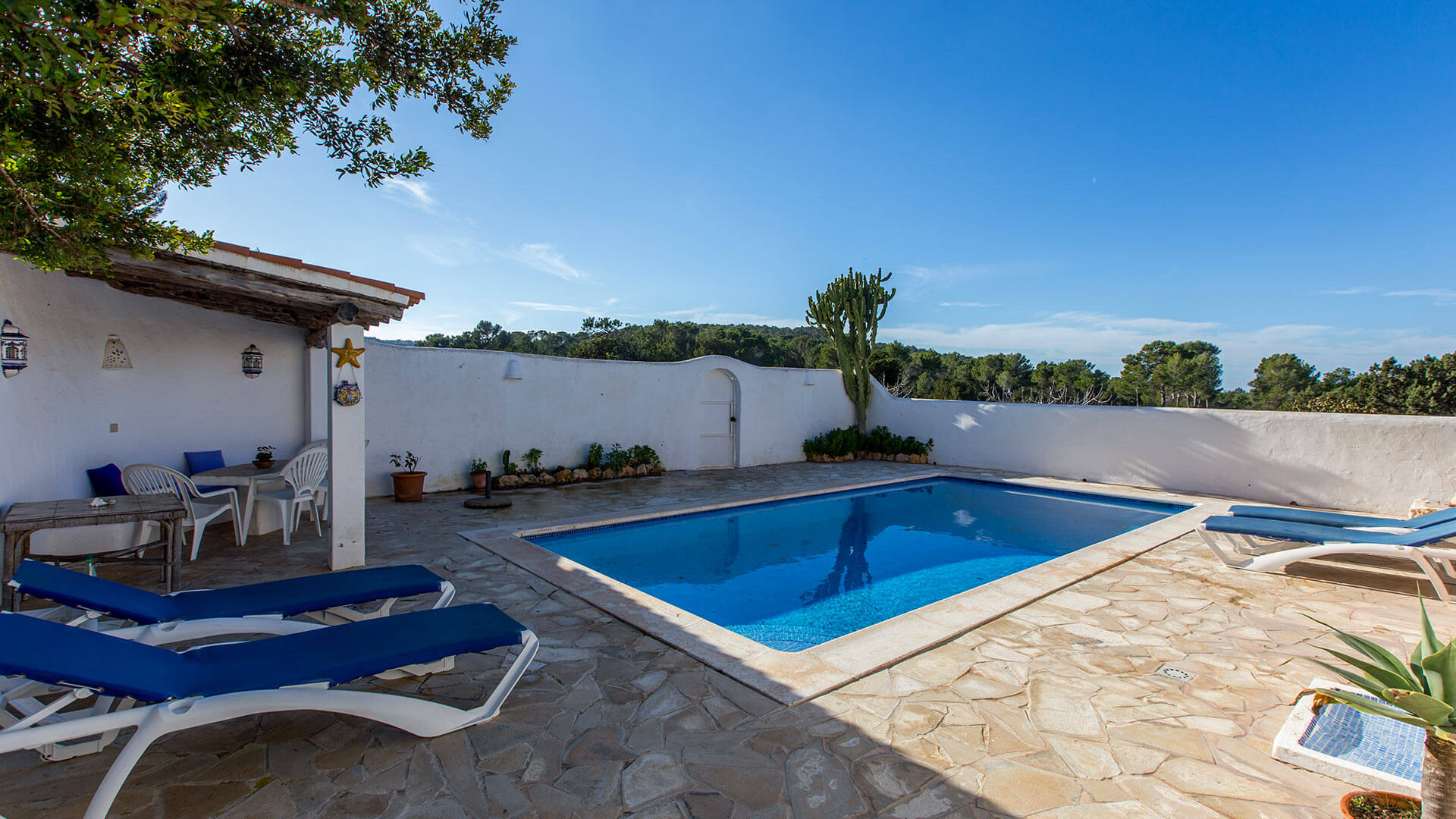 Villa Villa 672, Rental in Ibiza
