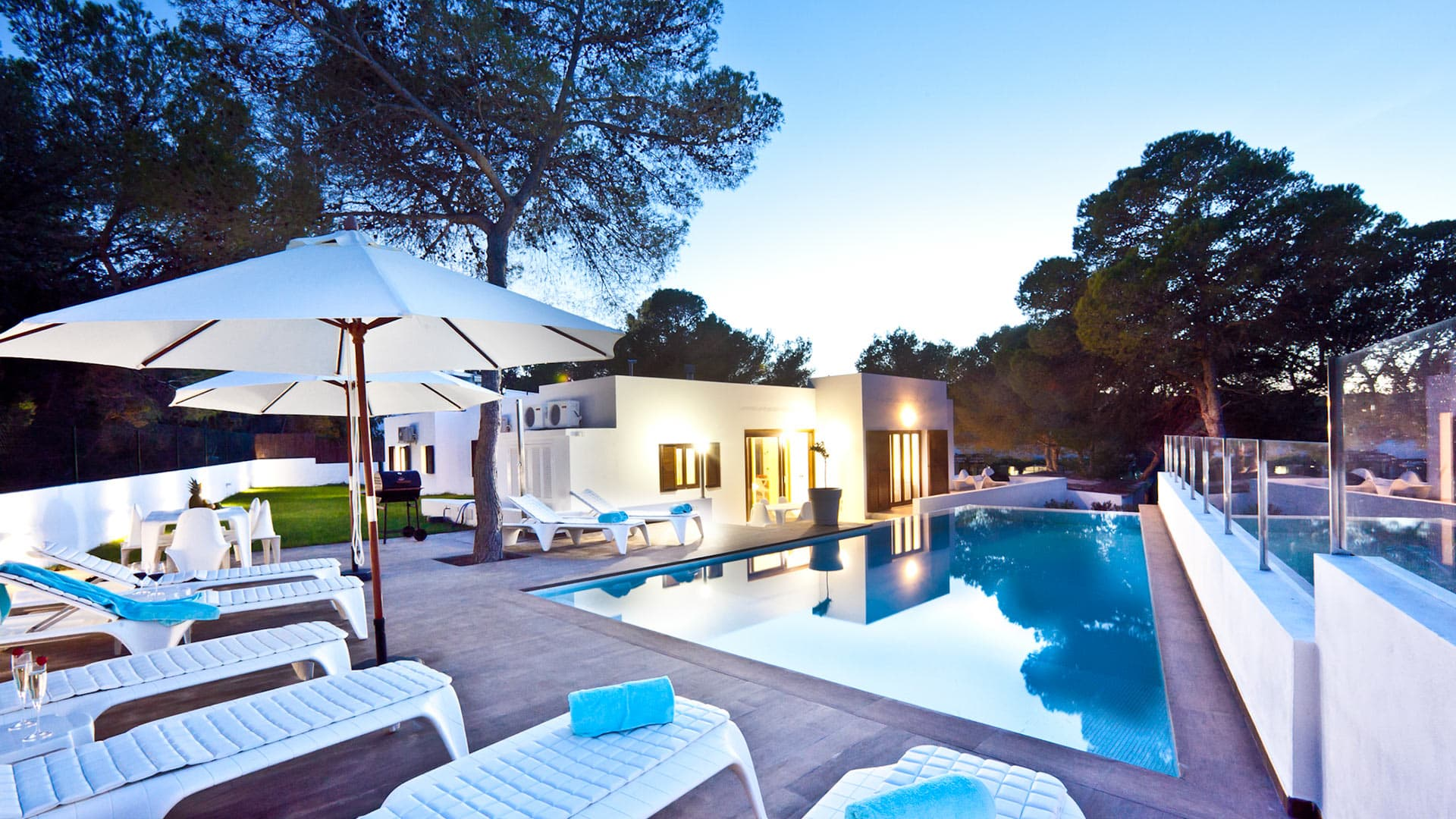 Villa Bassa beach, Rental in Ibiza